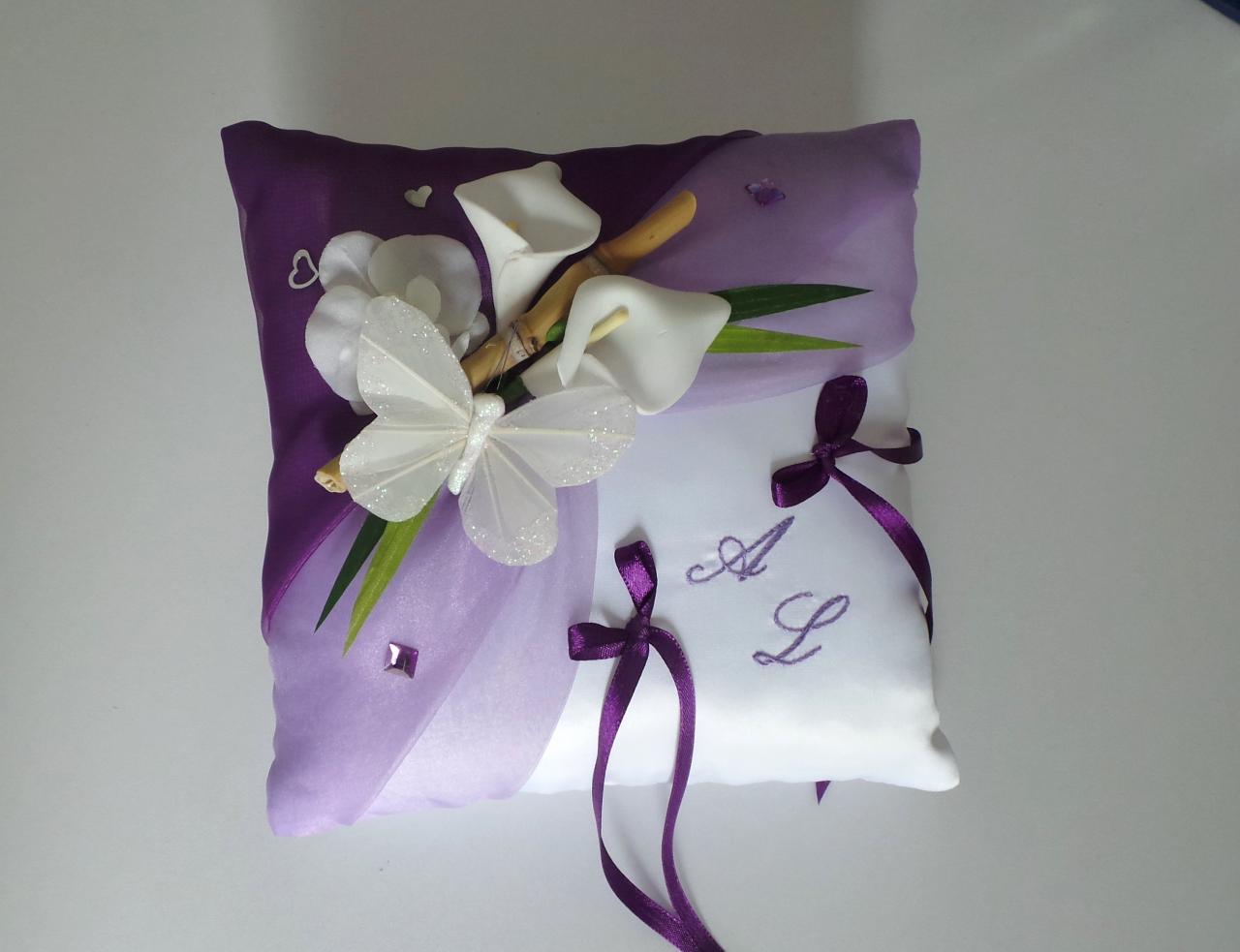 Coussin mariage papillon parme violet prune