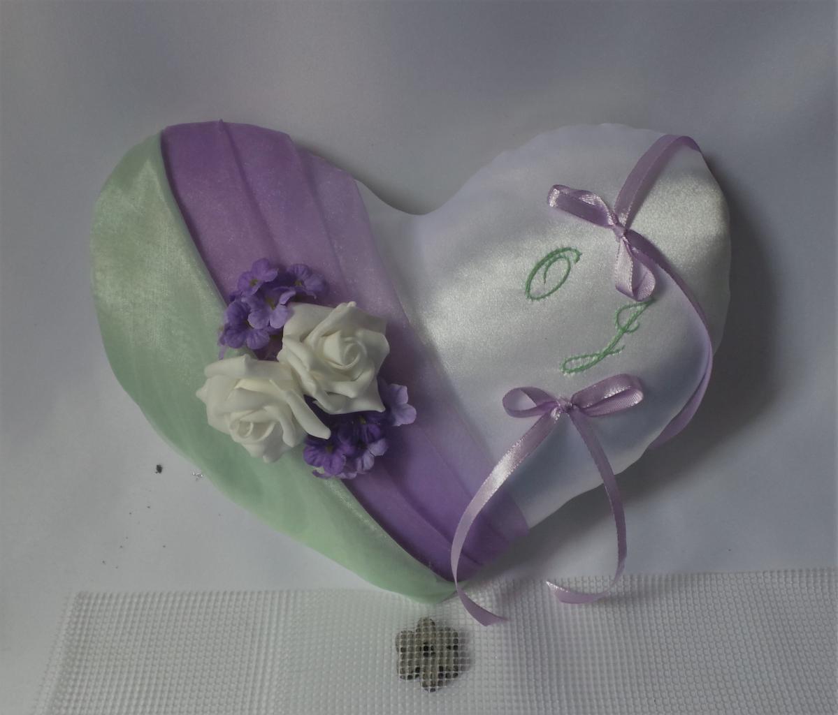 coussin de mariage coeur parme lavande vert d'eau personnalisé