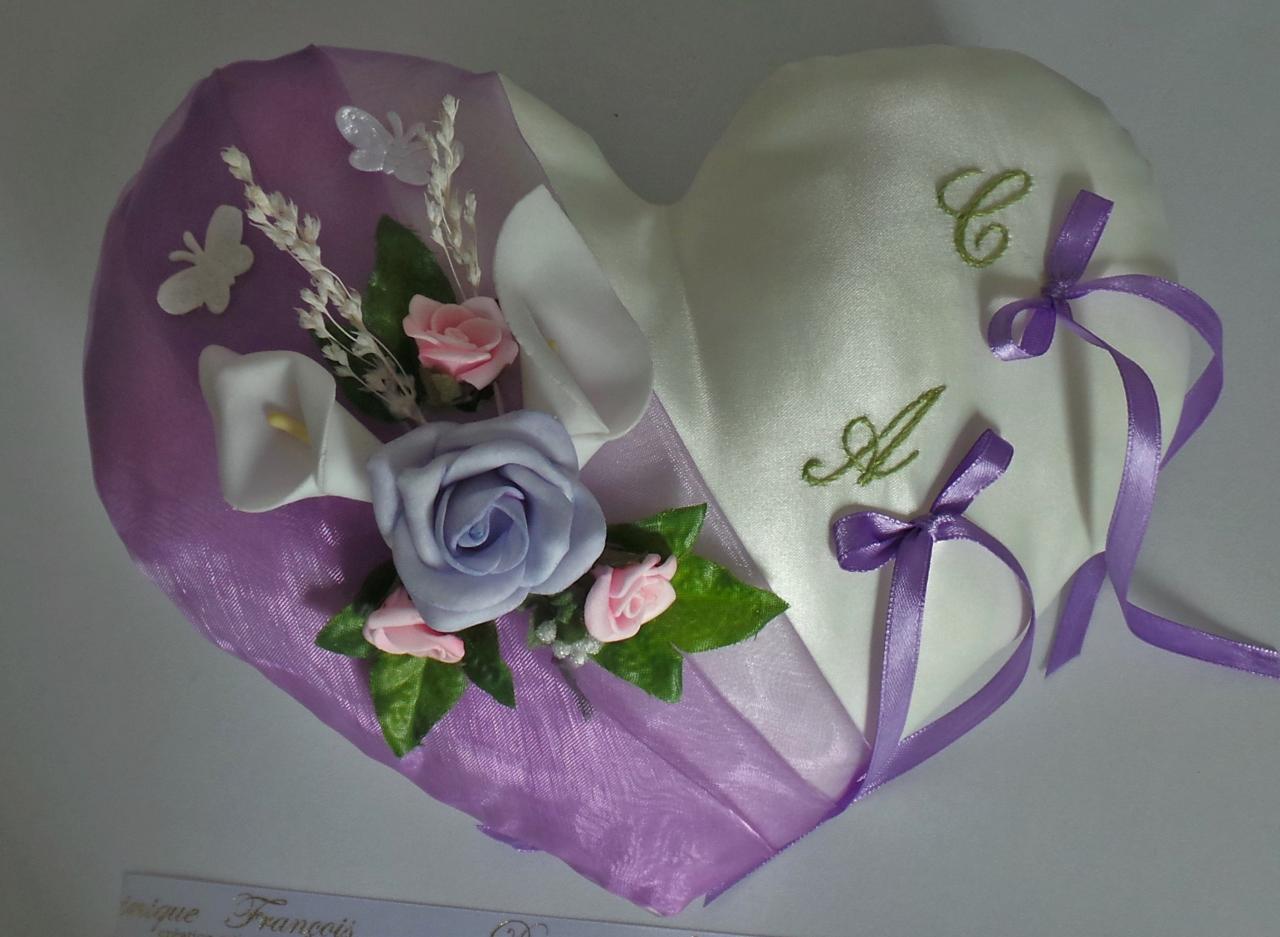 Coussin alliances champêtre violet parme