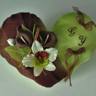 coussin alliance coeur chocolat anis, cannelle orchidée