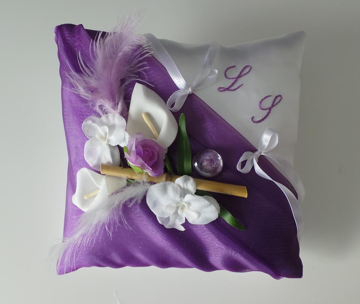 Coussin alliances violet prune, violet et blanc