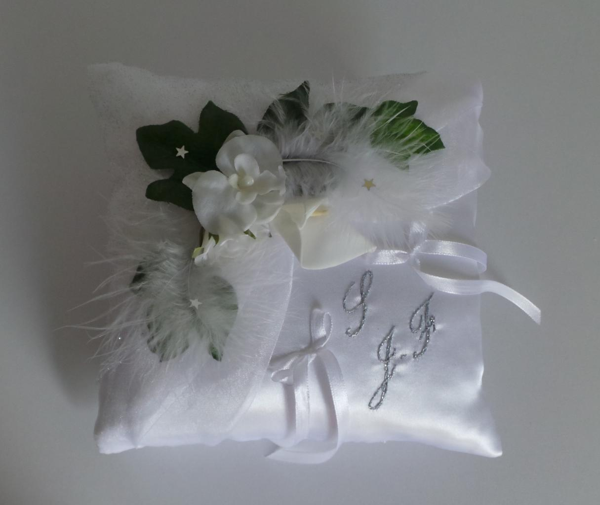 coussin alliance mariage blanc plume nature
