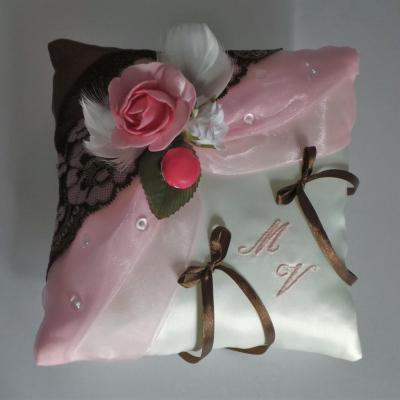 coussin alliance chocolat rose