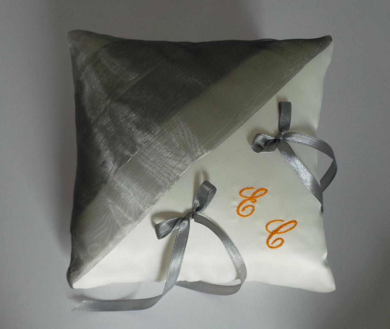 coussin alliances gris orange(7)