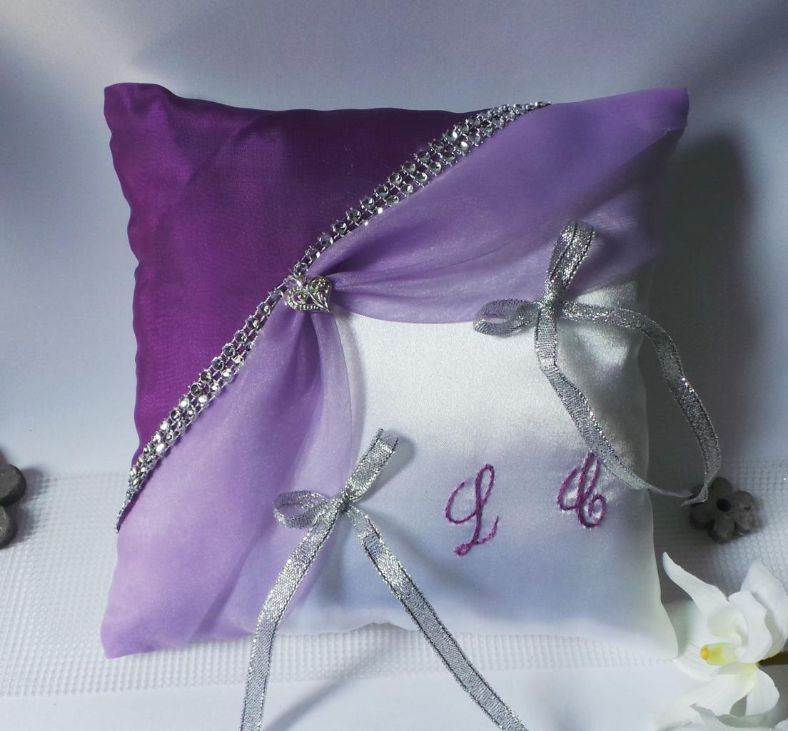 coussin alliances parme violet prune galon strass personnalisé (98)