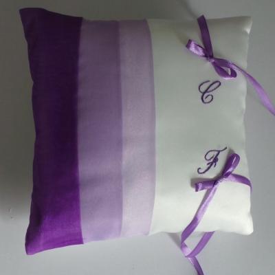 coussin alliances parme violet (29)