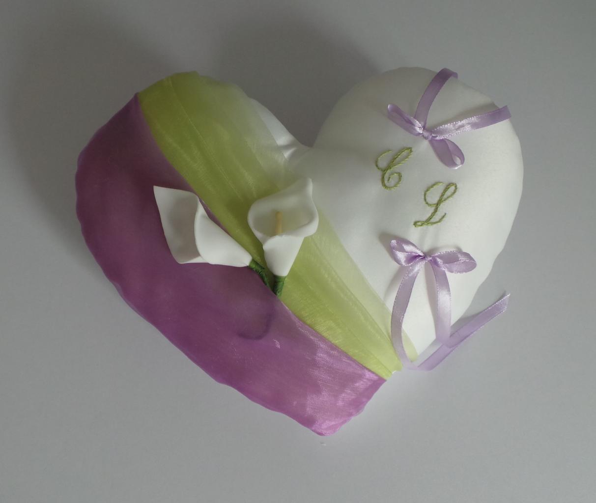 coussin alliances coeur vert anis parme (4)