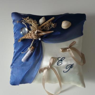coussin alliances bleu roi thème mer