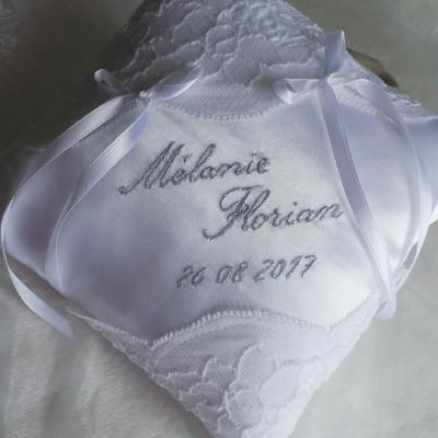 Date mariage brodée main
