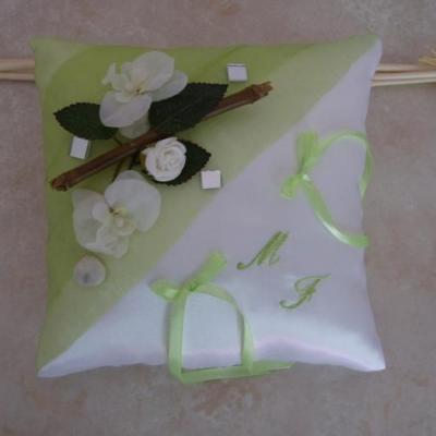Coussin alliances rchidées bambou orné de petits miroirs mosaïque