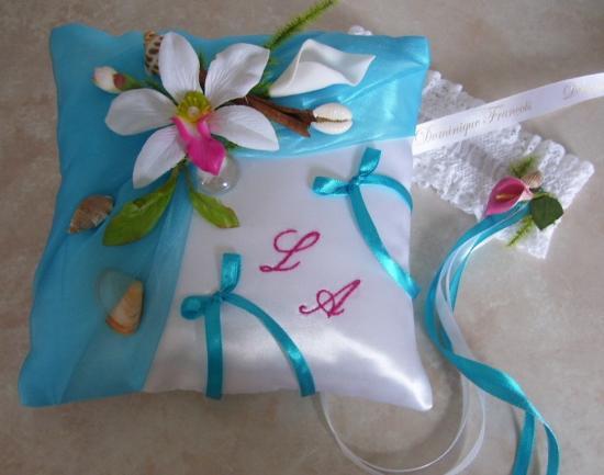 coussin mariage exotique turquoise et fuchsia