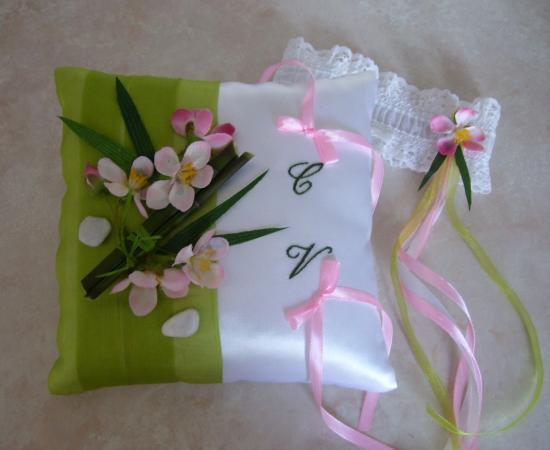 Coussin alliance bambou véritable, fleur de cerisier rose tendre