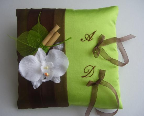 Coussin alliances chocolat anis, zen