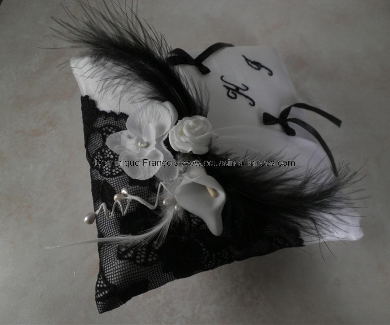 coussin alliances organza gris et dentelle noire