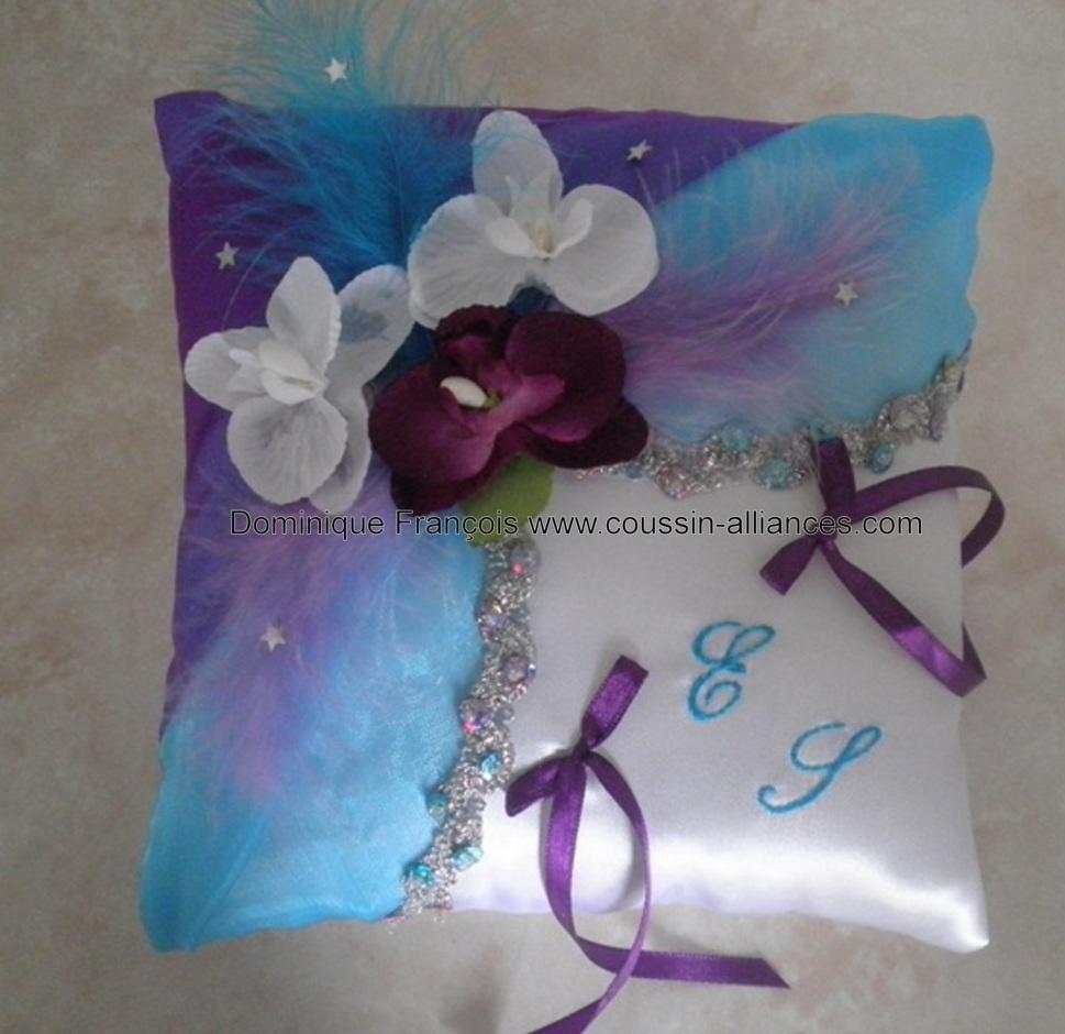 Coussin alliances féérique turquoise violet argent