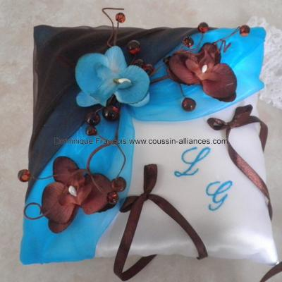 coussin porte alliances chocolat turquoise