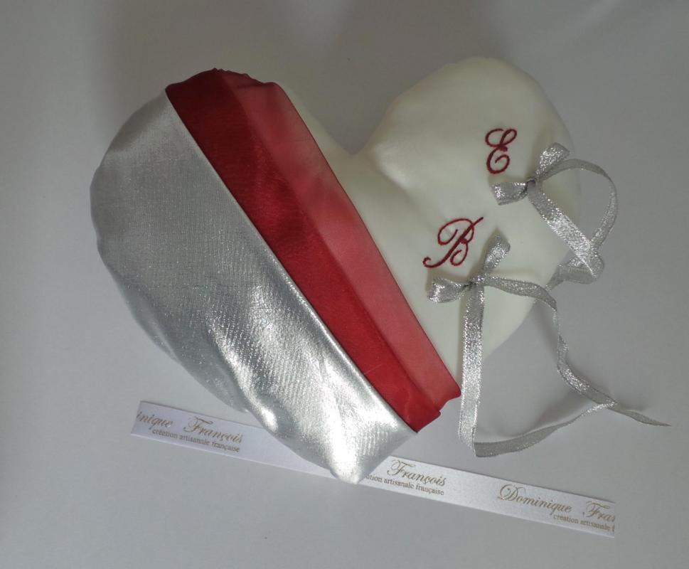 Coussin alliance mariage coeur drapé 2 couleurs à partir de 36€