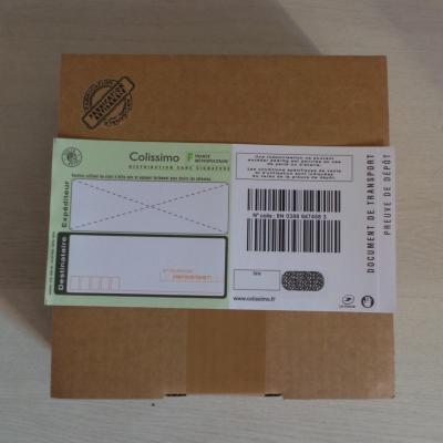 Emballage cartonné, bordereau colissimo