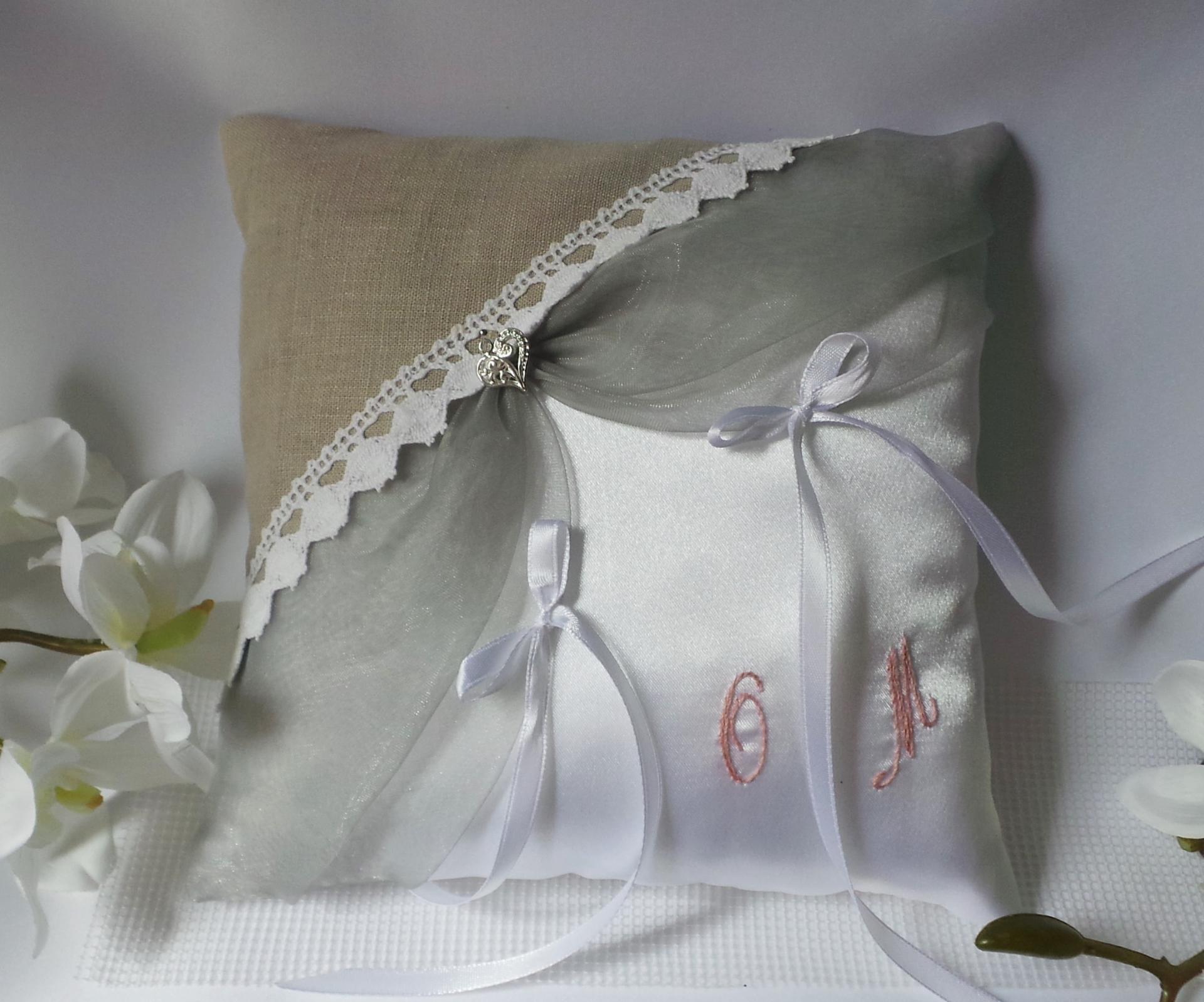 Coussin mariage vintage, gris rose et lin dentelle coton