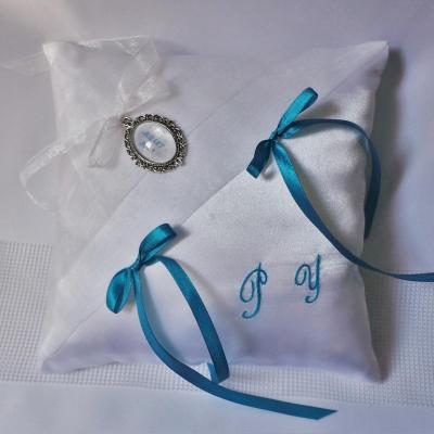 Coussin alliance blanc turquoise chic 1