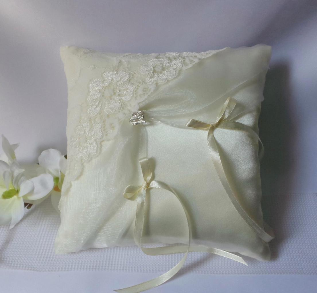 Coussin alliance mariage 335
