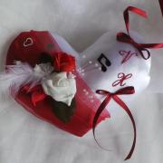 Coussin mariage coeur rouge