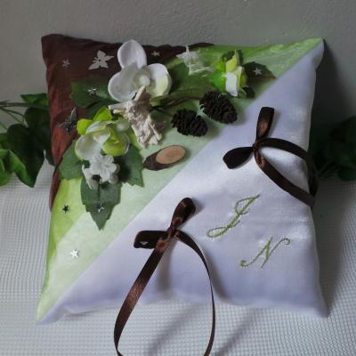 Coussin mariage nature foret enchantee fee