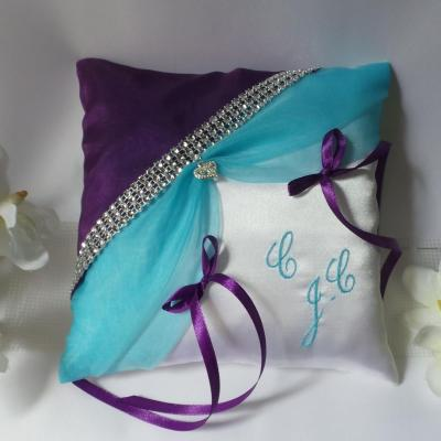 Coussin mariage violet turquoise strass 1