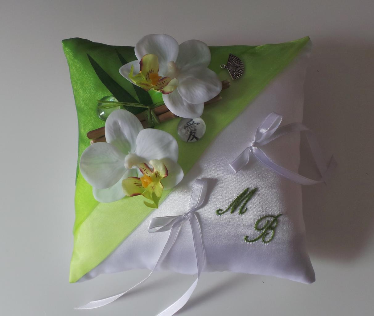 Coussin alliance Zen Japon anis orchidées bambou