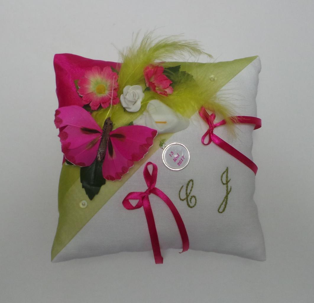 Coussin porte alliance anis fuchsia champêtre personnalisé