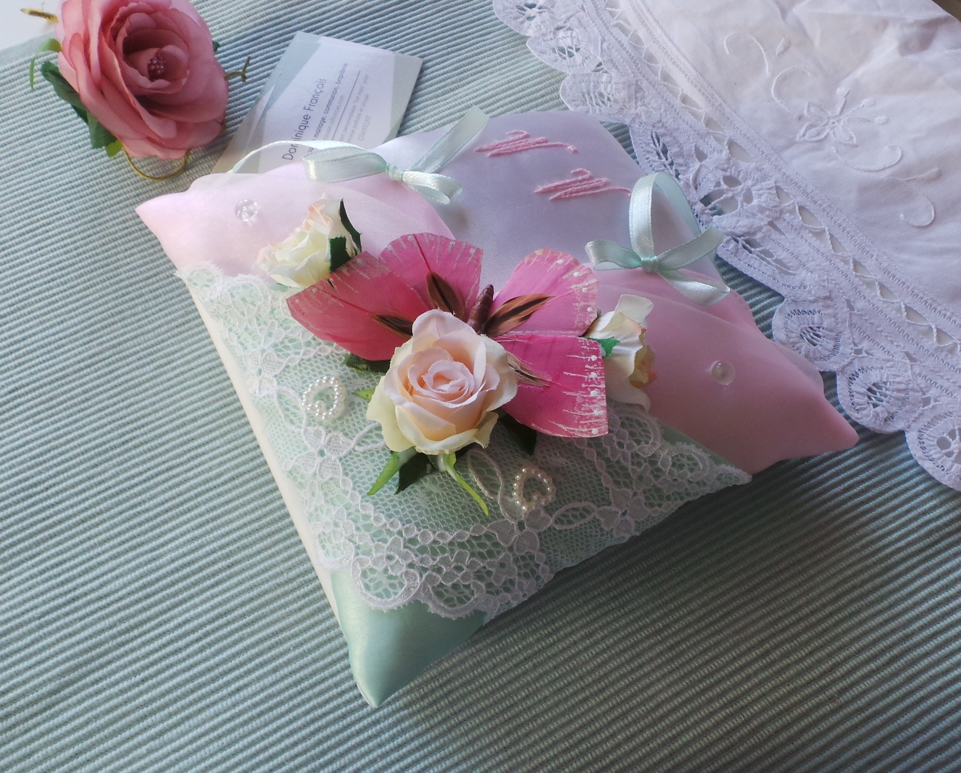 Coussin alliance personnalise champetre chic boheme vert rose pastel