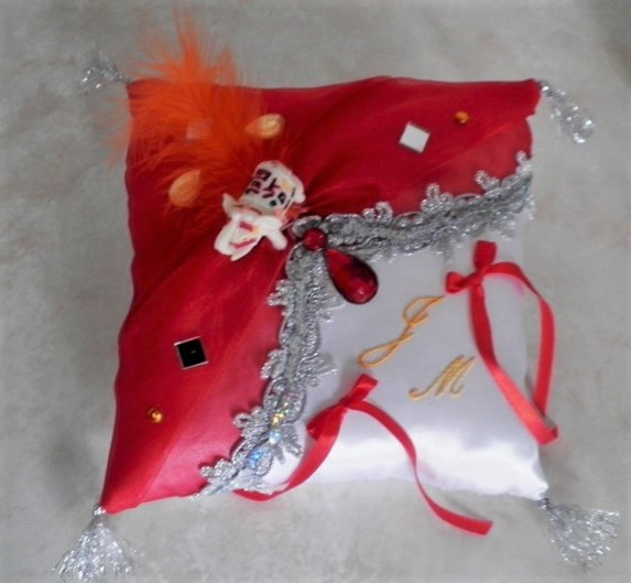 coussin alliance rouge (77)
