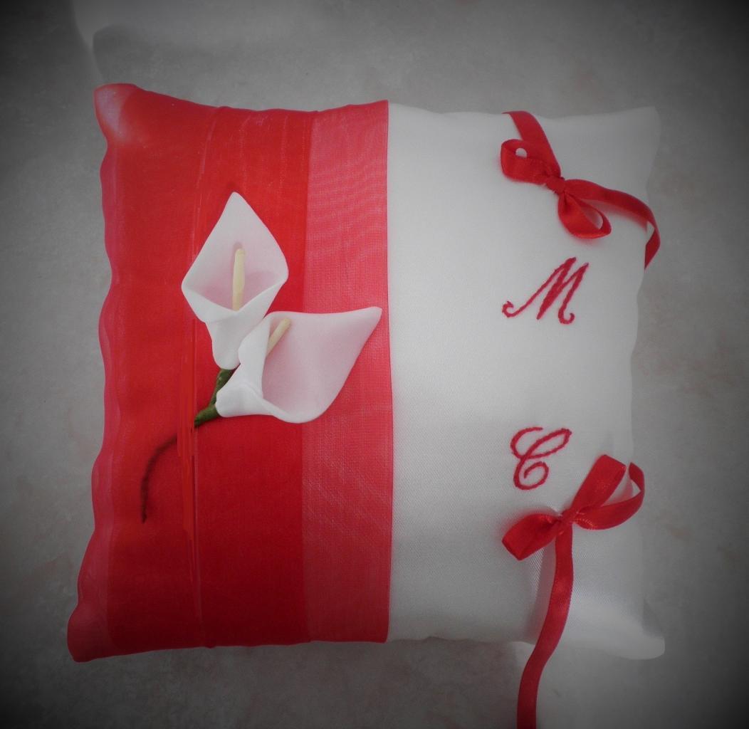 coussin alliances rouge ivoire (113)