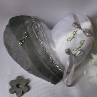 Coussin porte alliances coeur personnalisé, blanc gris argent strass(57)