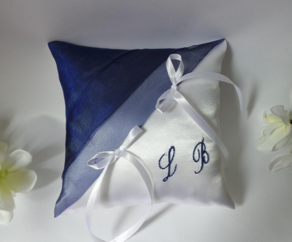 coussin alliances bleu marine blanc (75)