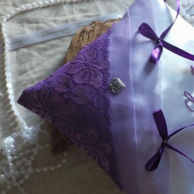 coussin alliances chic parme violet (3)
