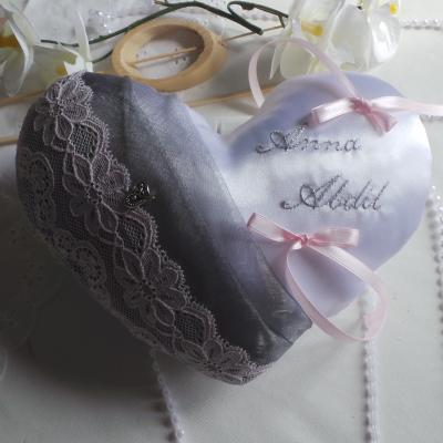 coussin mariage coeur chic gris argent et rose pale