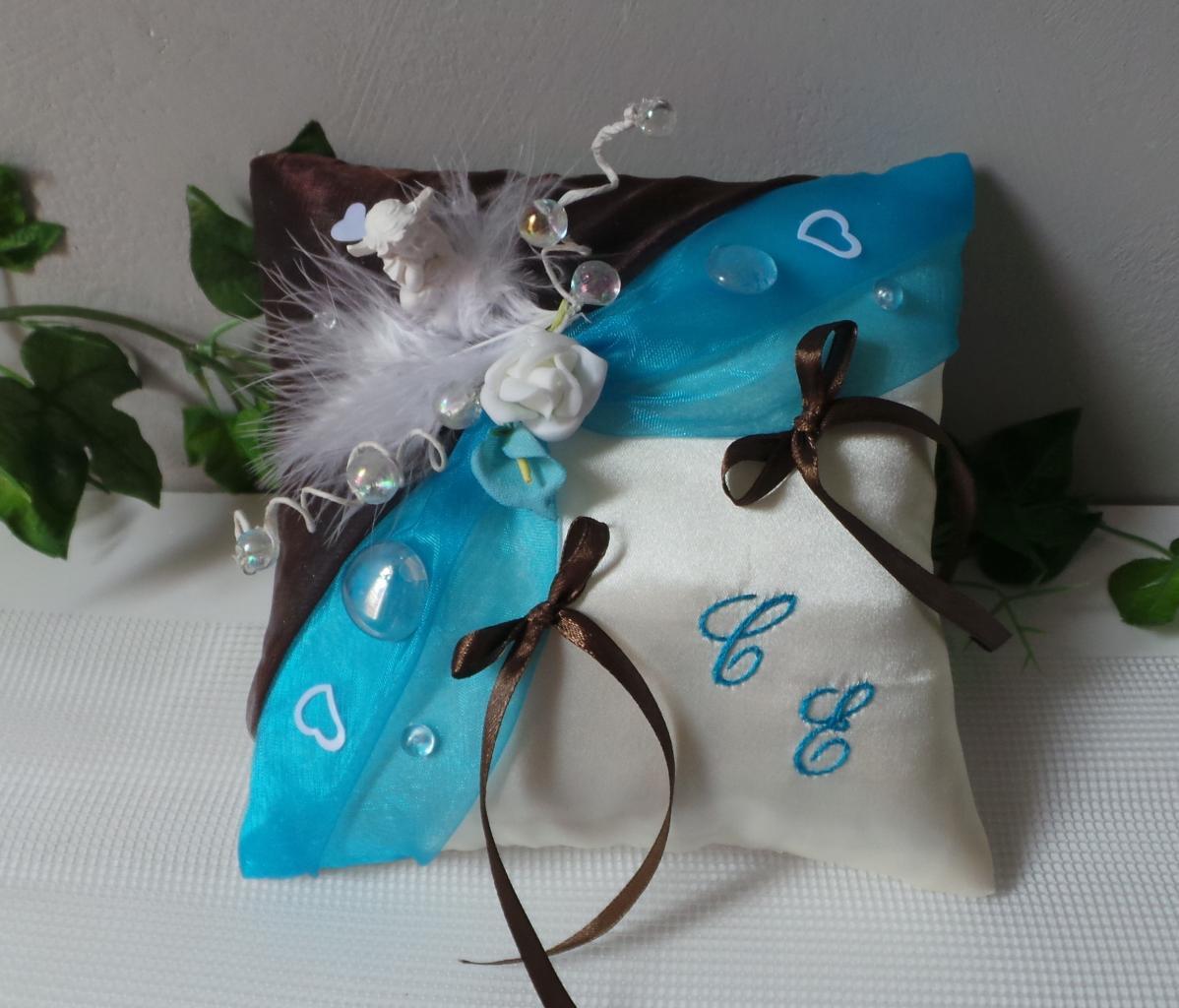 Coussin porte alliance chocolat turquoise, thème bulles et ange