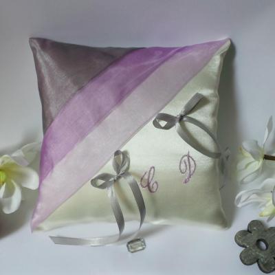 coussin mariage décoration gris parme