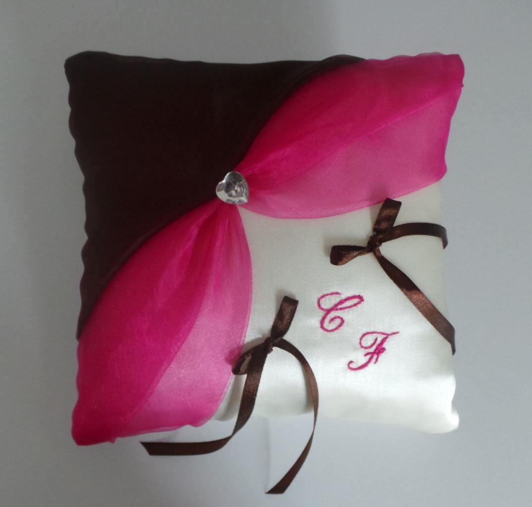 coussin alliances fuchsia marron chocolat (12)