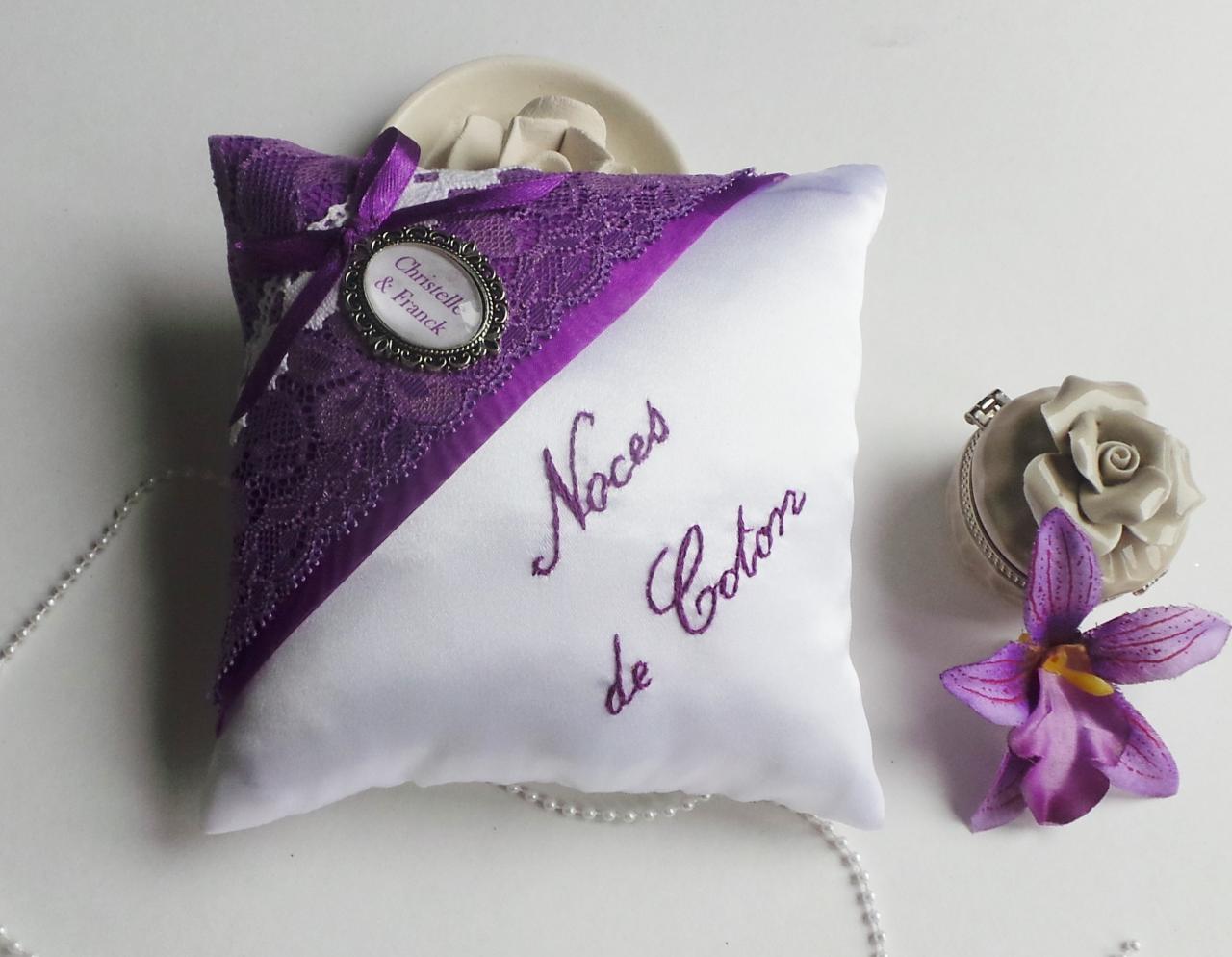 coussin alliances violet prune noces de coton