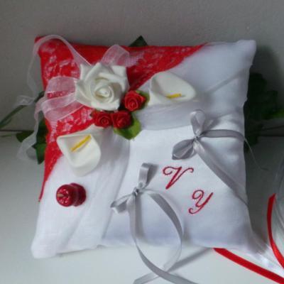 Coussin porte alliances romantique thème pomme d'amour (8)