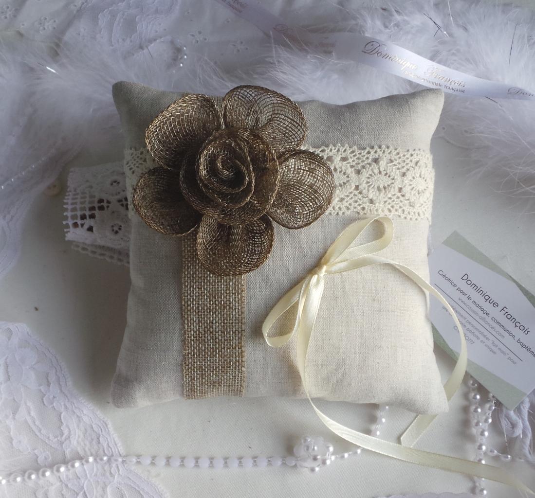 coussin jute dentelle fleur de sisal (1)