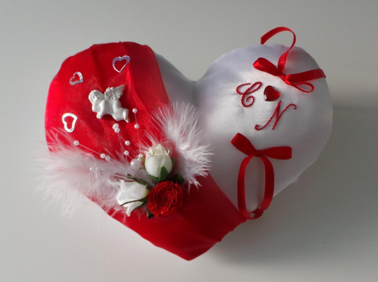 Coussin alliances coeur rouge thème ange (1037)