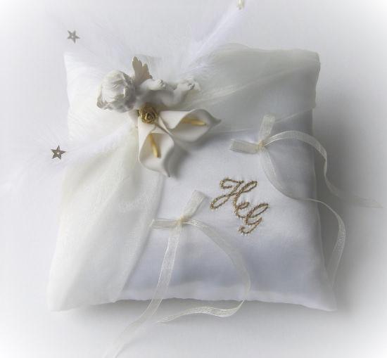 coussin mariage blanc ivoire et or thème ange fait main