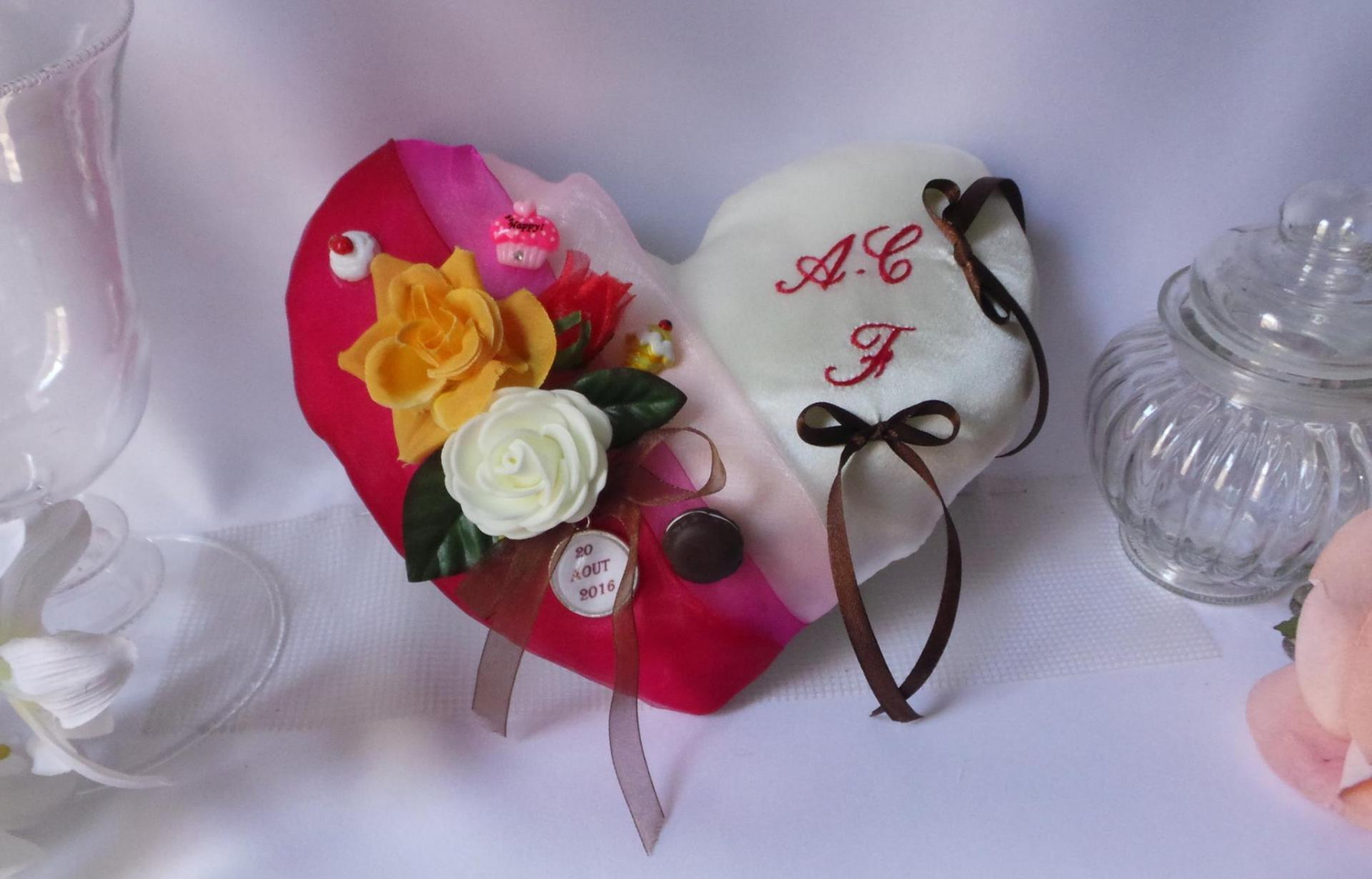 Coussin alliance coeur fuchsia personnalisé fait main