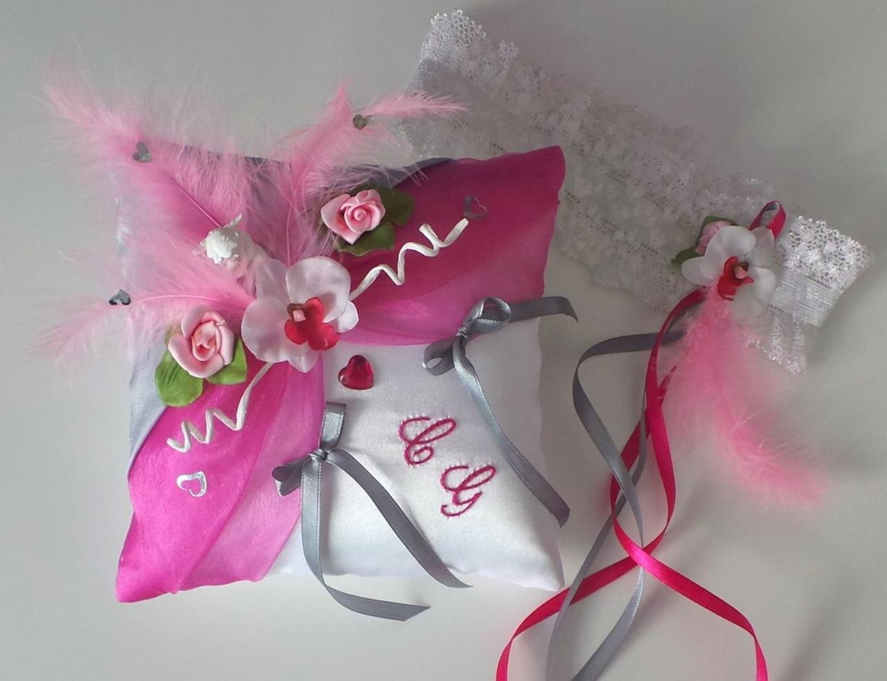 Coussin mariage rose fuchsia gris personnalisé
