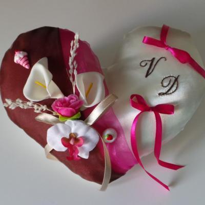 coussin mariage coeur fuchsia chocolat gourmandise
