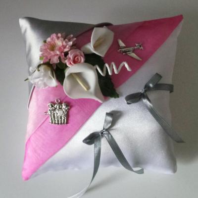 coussin mariage rose et gris argenté, thème voyage Mexique