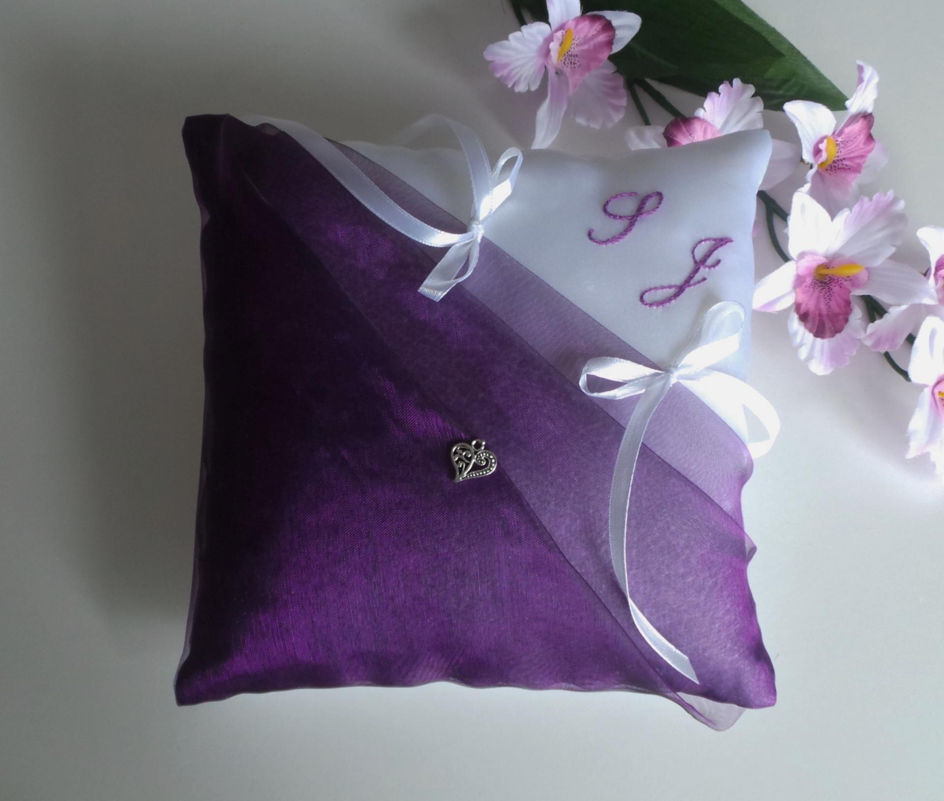 coussin alliance violet prune blanc personnalisé